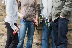 Картинки по запросу подростковый алкоголизм картинка